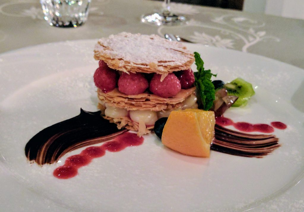Le Crystal Chiang Mai Restaurant dessert