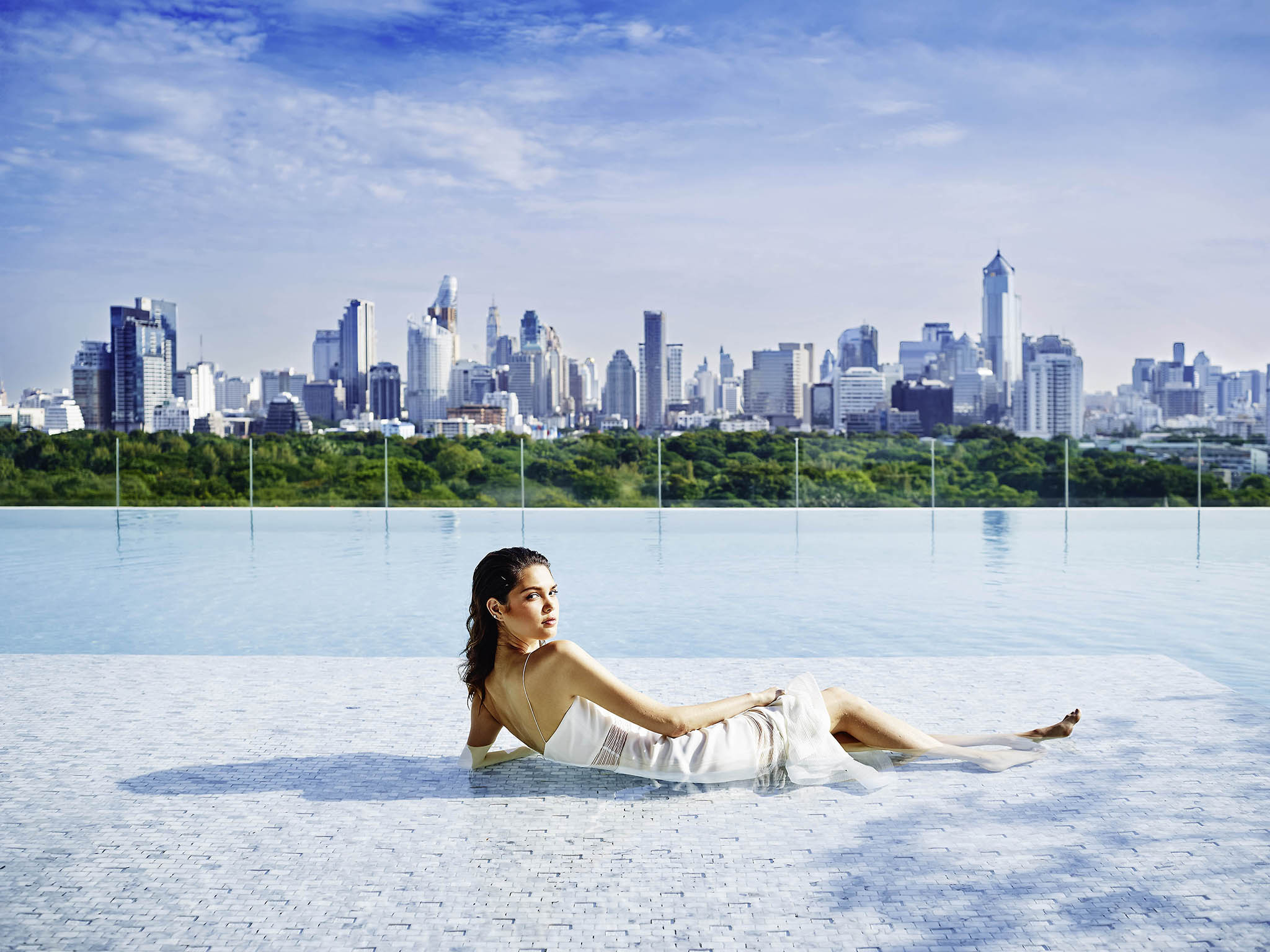 rooftop pools in Bangkok - SO Sofitel Bangkok
